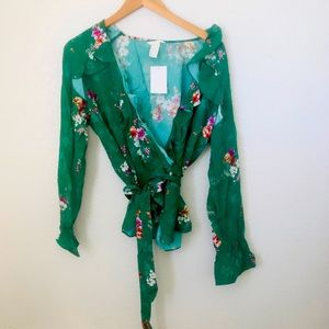 H&M 14 Floral Wrap Top Green